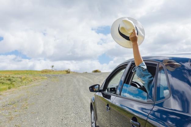 Viaggi in auto: i controlli da effettuare prima di partire